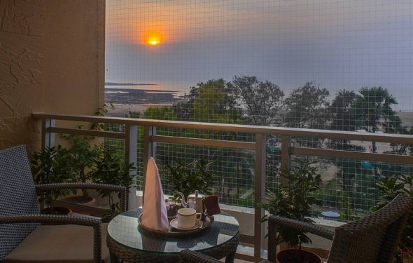 Resort Budget Hotel in Mumbai