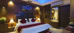 Hotels near Delhi Airport