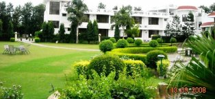 New Delhi Hotels near Airport